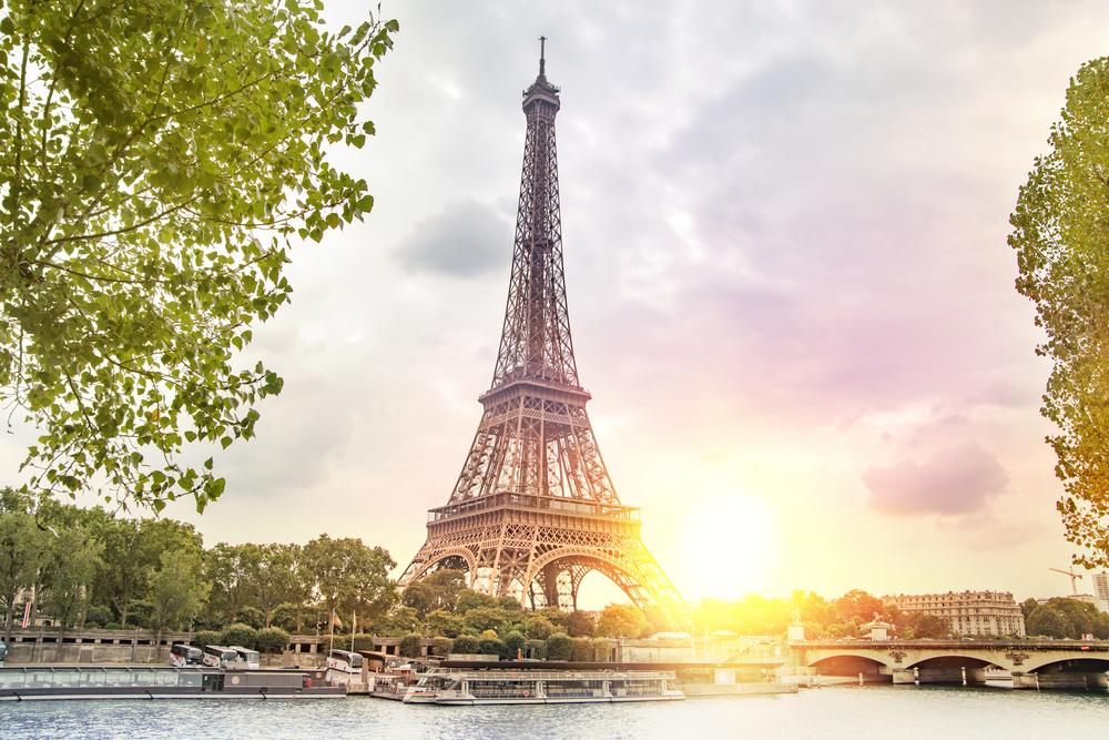Paris Romantic Travel