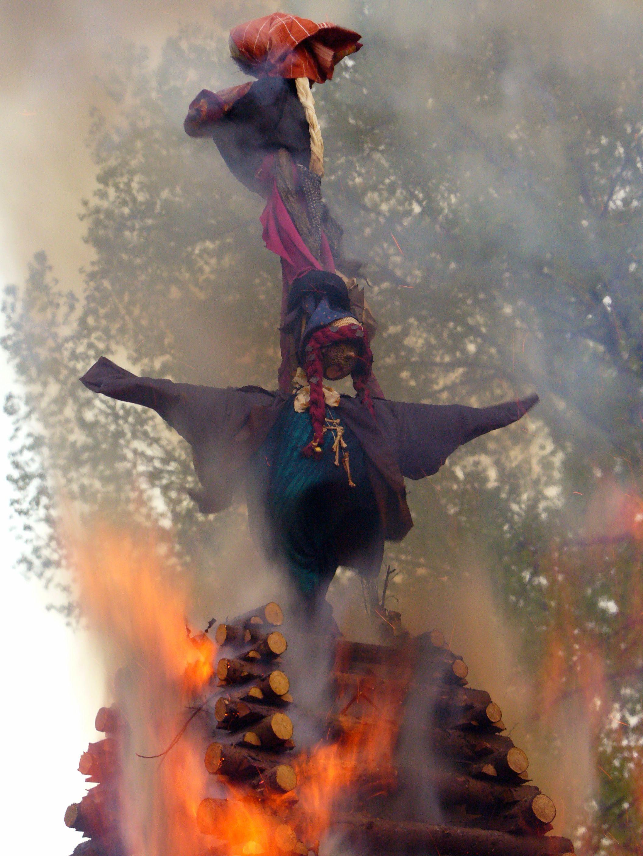 burning-witch