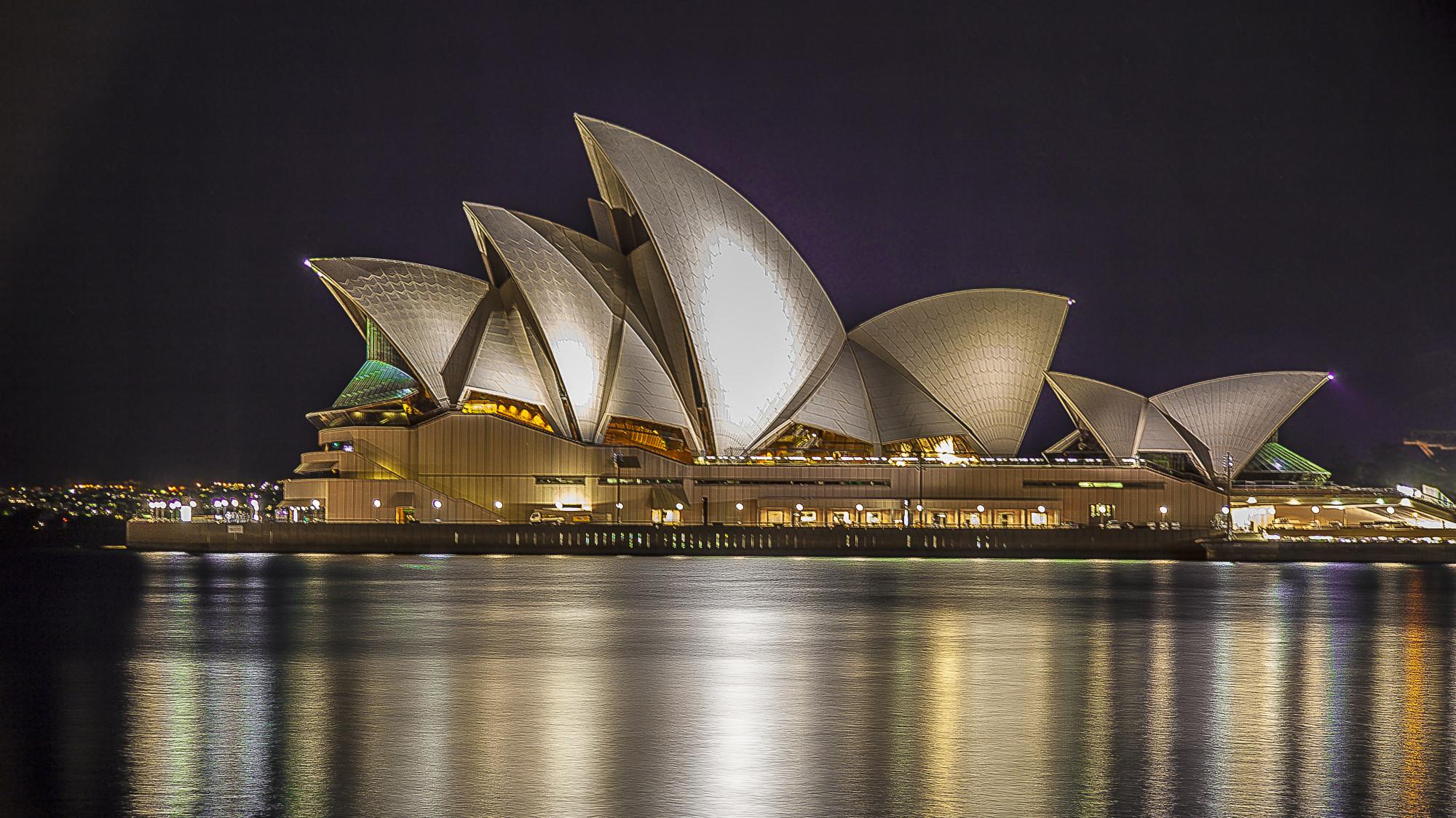 Sydney-Opera-House-Sydney-June-2012-Alexander-T-2000x1124