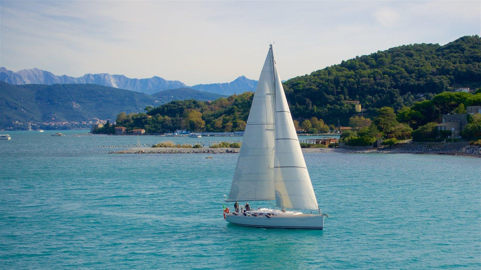 Sailing through-Cinque-Terre-La-Spezia-Province