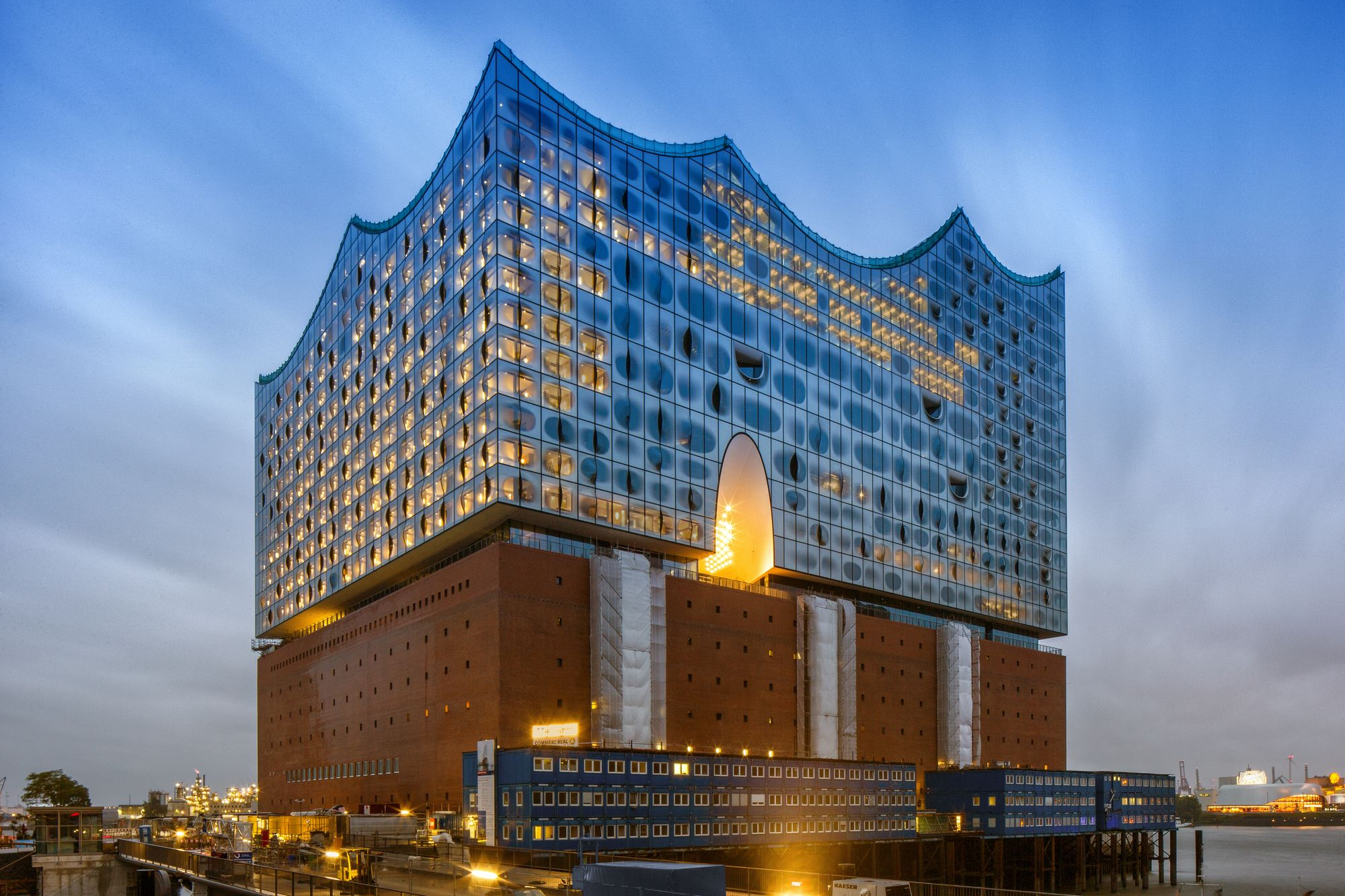 Elbphilharmonie Hamburg by Herzog & de Meuron
