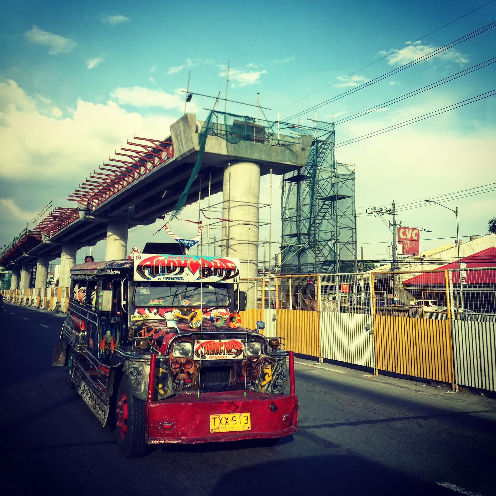 jeepney-1651141_1920