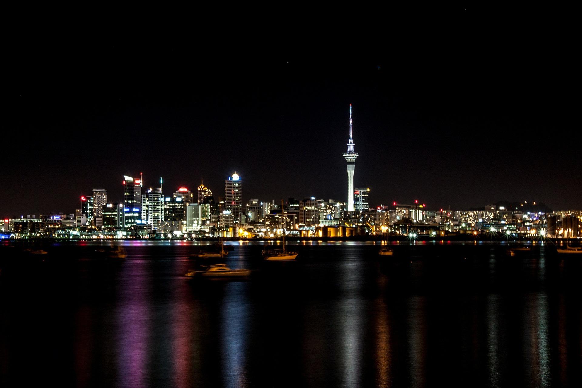Auckland-sky-tower-landscape
