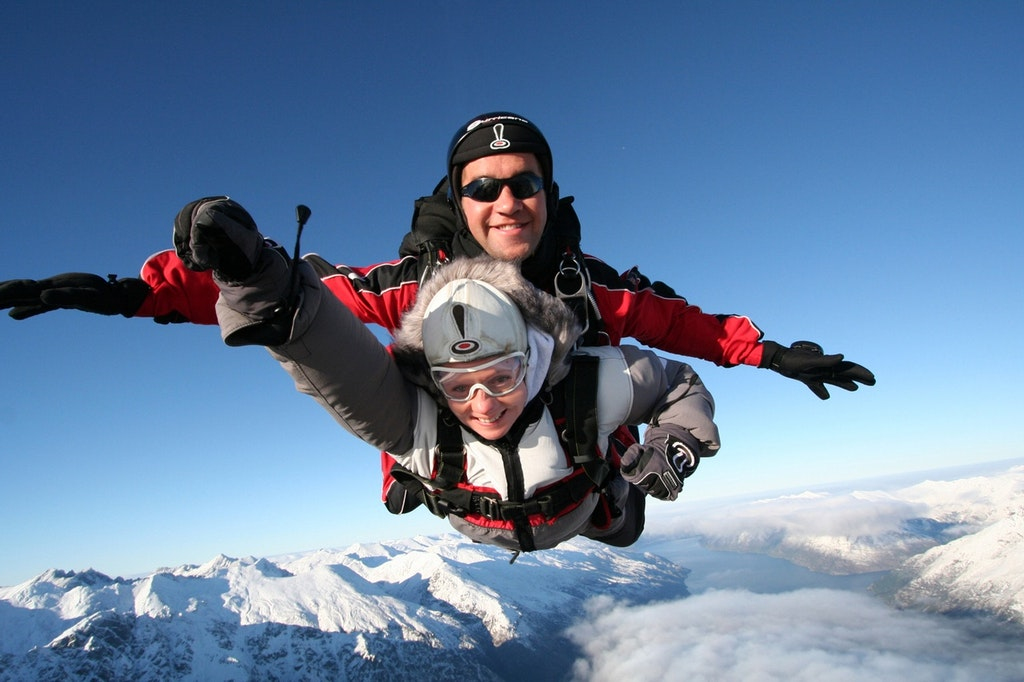 Southern Alps, Queenstown, New Zealand, Skydiving, skydiving in New Zealand