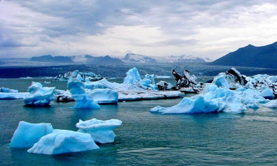 Jokulsarlon glacier