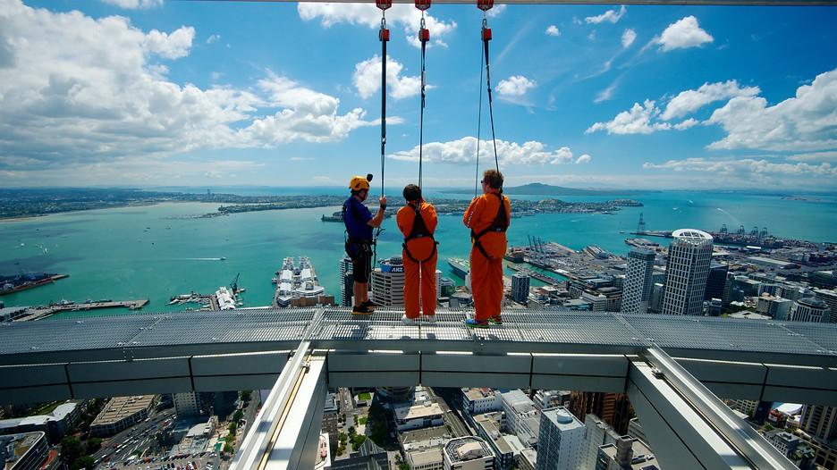 Skywalk on Auckland Tower