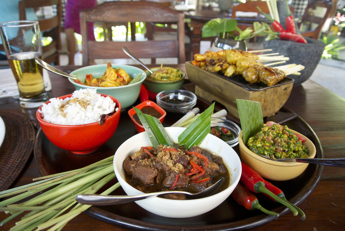 Food, Reasons Why Bali is the Perfect Honeymoon Destination