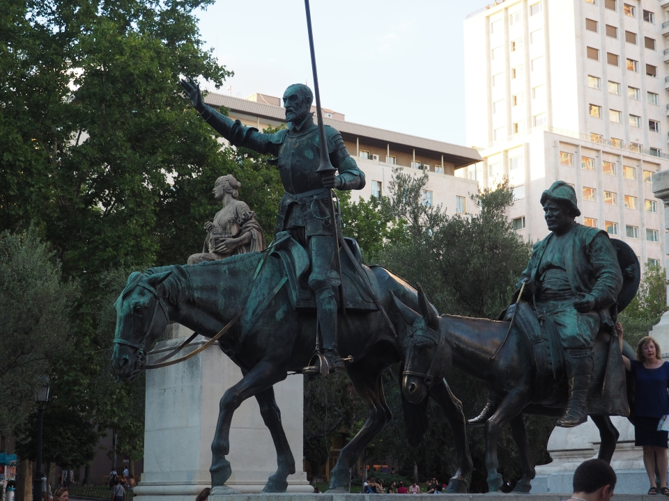 Don Quixote statue at Plaza de espana