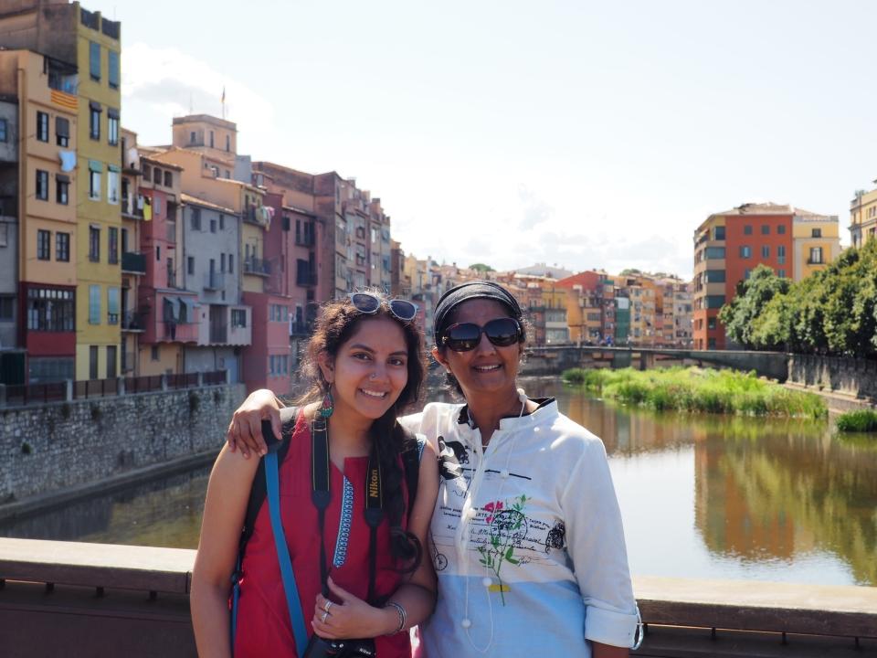 Ramakrishnan's wife and daughter at Girona canal