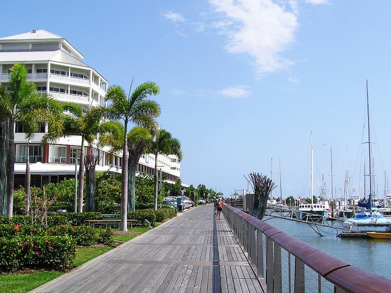 Cairns Plaza Hotel - 3 Star Property