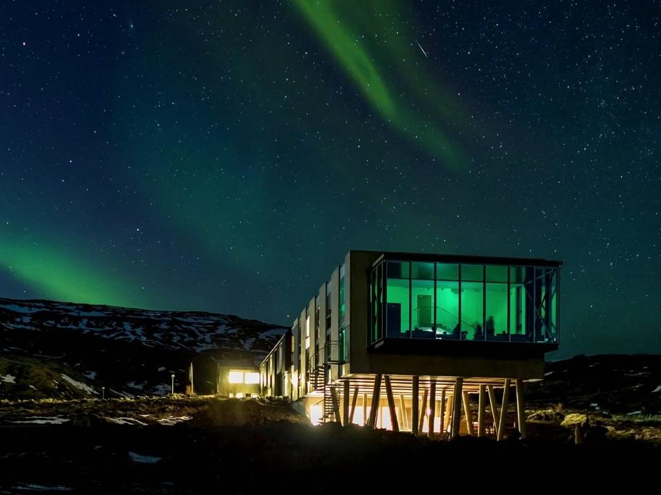 Northern Lights Bar