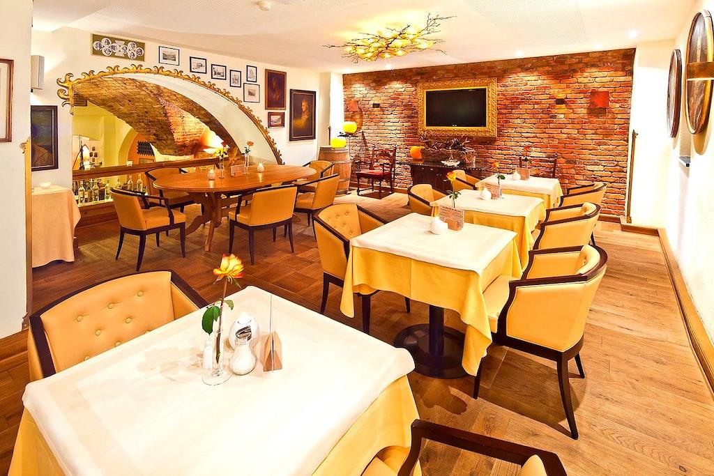 restaurants in Innsbruck, Goldener Alder
