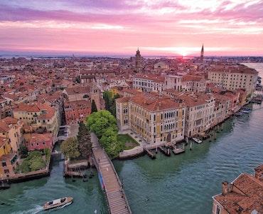 Island hopping in Venice