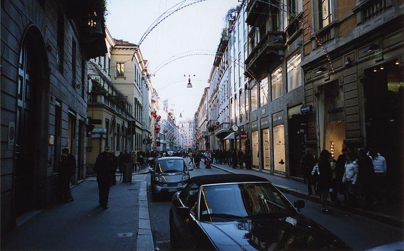 Via Monte Napoleone, where to shop in Italy