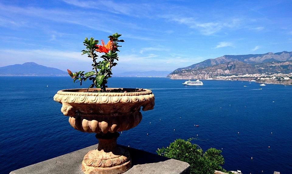 Sorrento,honeymoon destinations in Italy