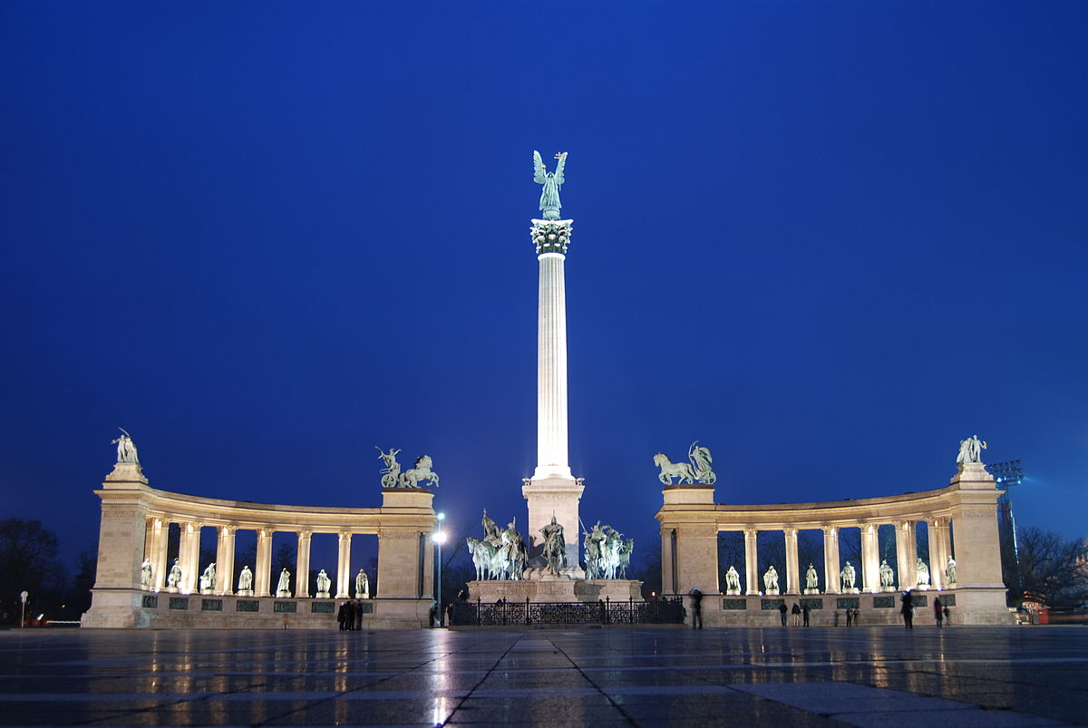 Heroes Square,offbeat things to do in Budapest