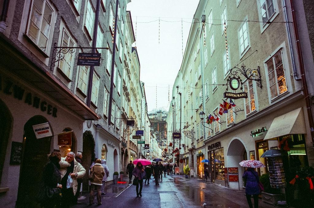 things to do in Salzburg, Getreidegrasse