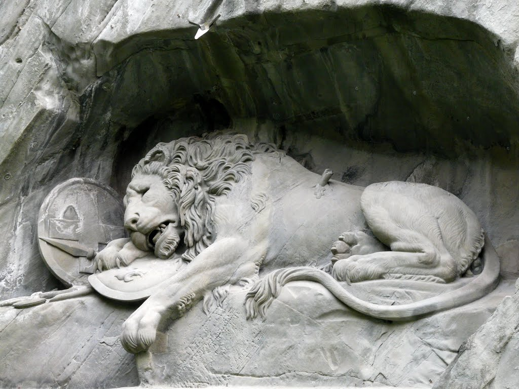 The Lion Monument ,Top things to do in Lucerne during your Switzerland holidays!
