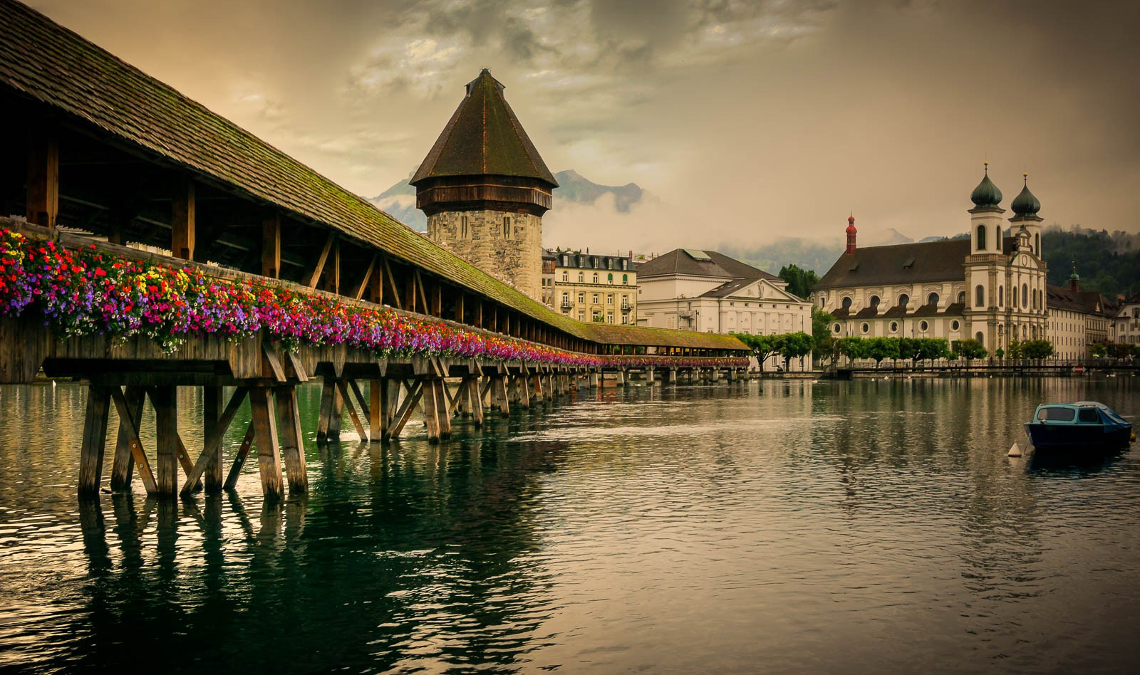 Chapel bridge,Top things to do in Lucerne during your Switzerland holidays!
