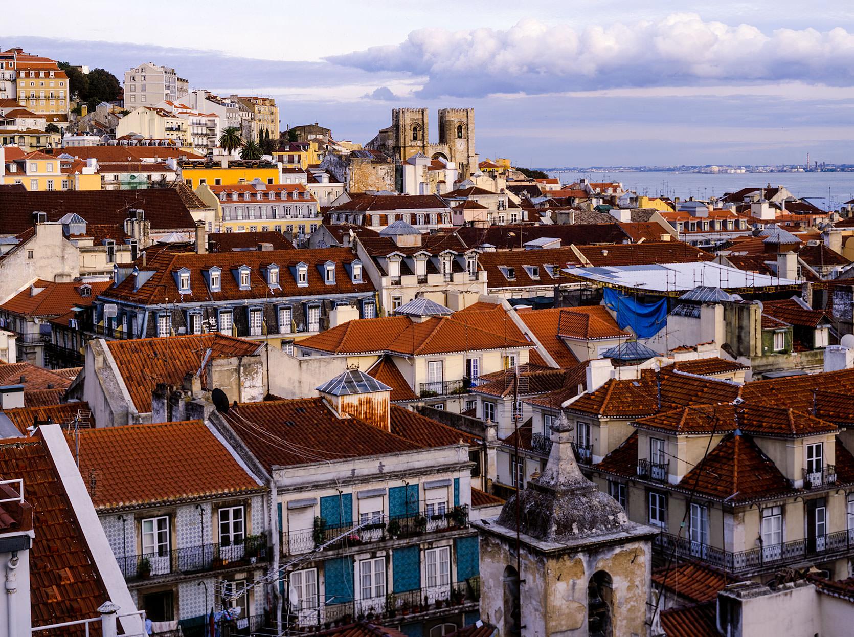 Alfama District,places to visit in Lisbon
