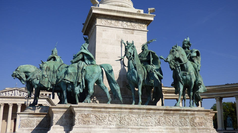 Heroes Square,free things to do in Budapest