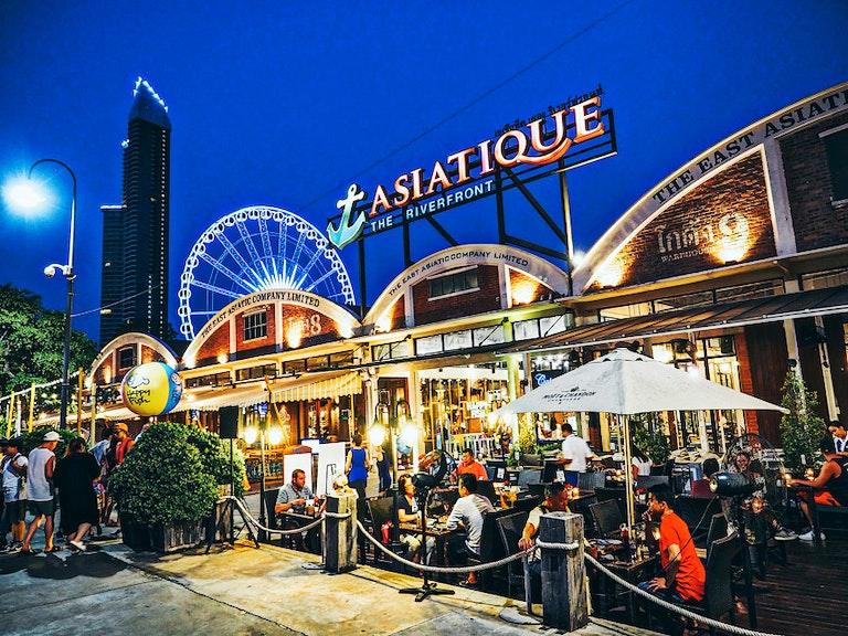 Asiatique the Riverfront, Best Places to Shop in Thailand