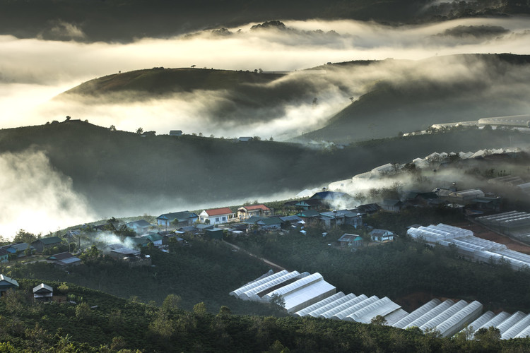 beautiful places to visit in da lat