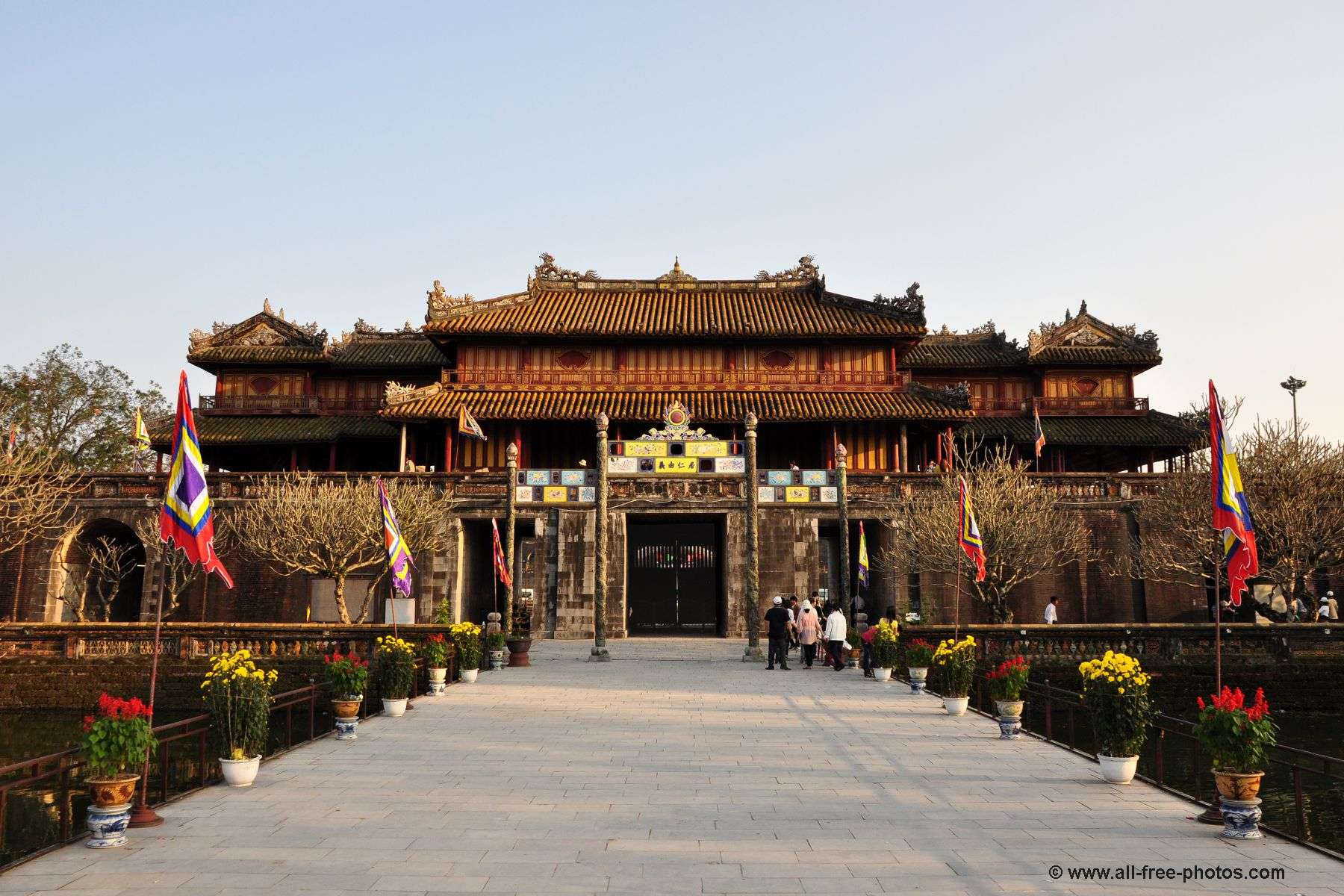 beautiful places to visit in hue