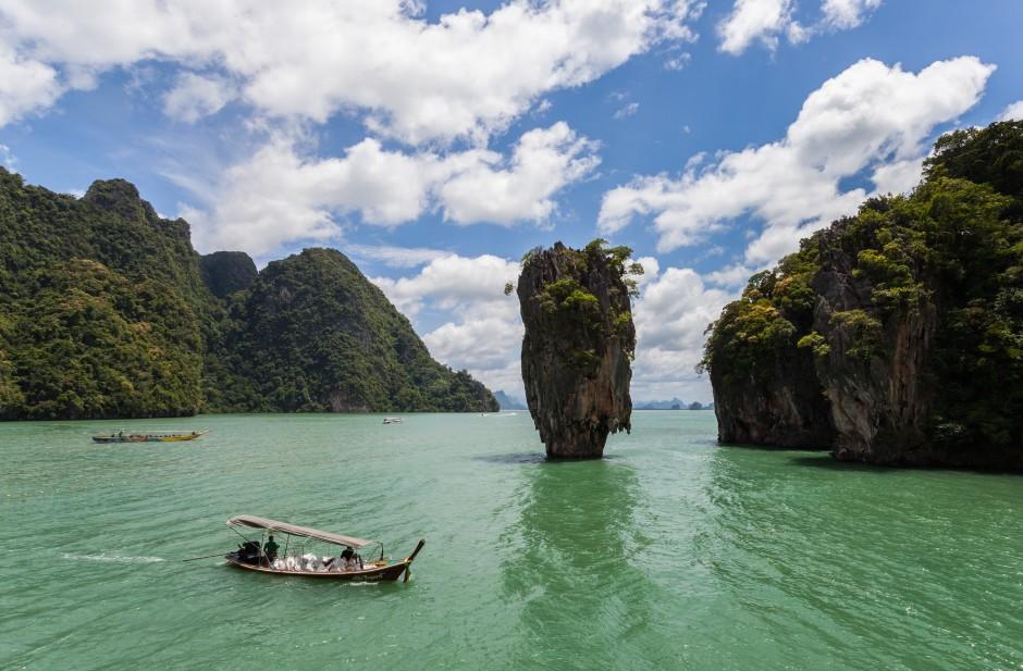 James Bond Island , Khao PHing Kan Island, Romantic Honeymoon Destinations in Thailand