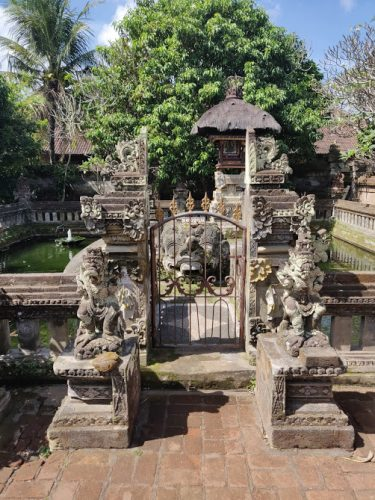 Temples in Bali Pickyourtrail Bali one mile at a time Vishnu temple