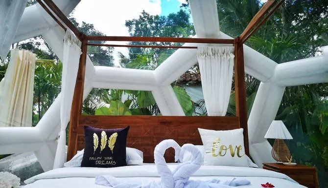 Jungle Bubble Lodge, Unusual & Unique Places to Stay in Bali