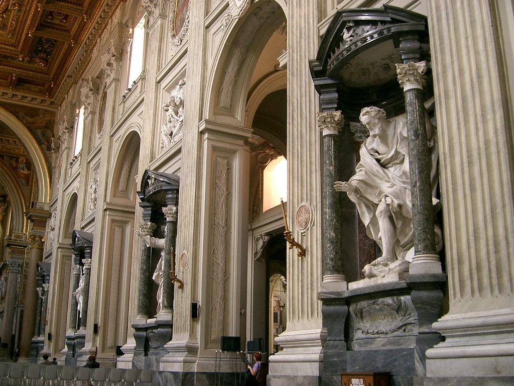 The inside of San Giovanni in Laterano