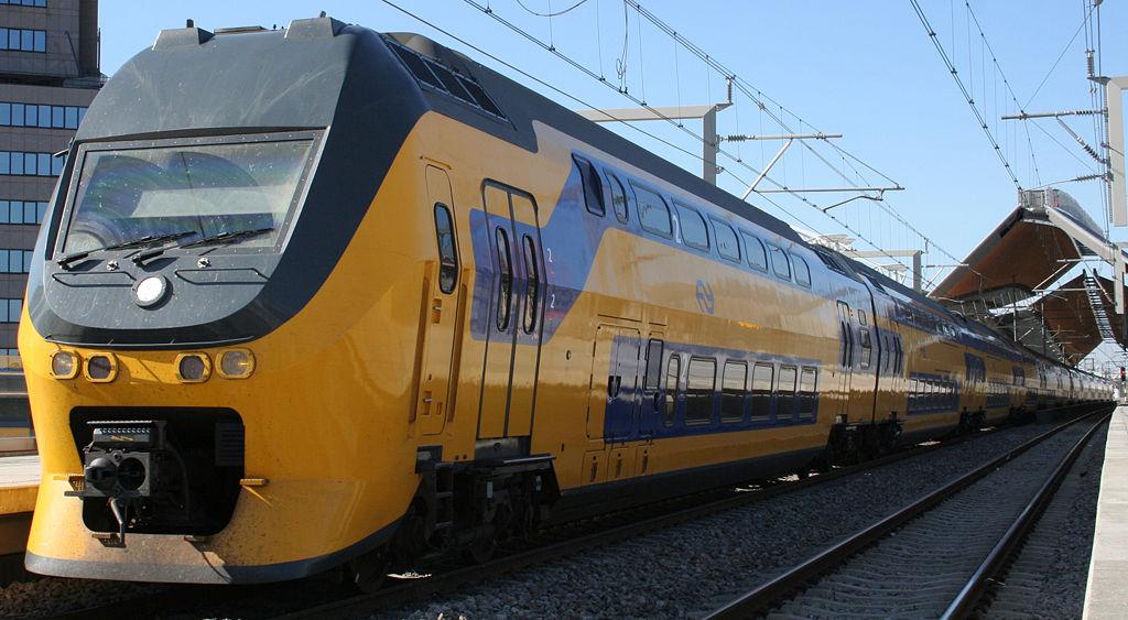 NS VIRM double-deck train