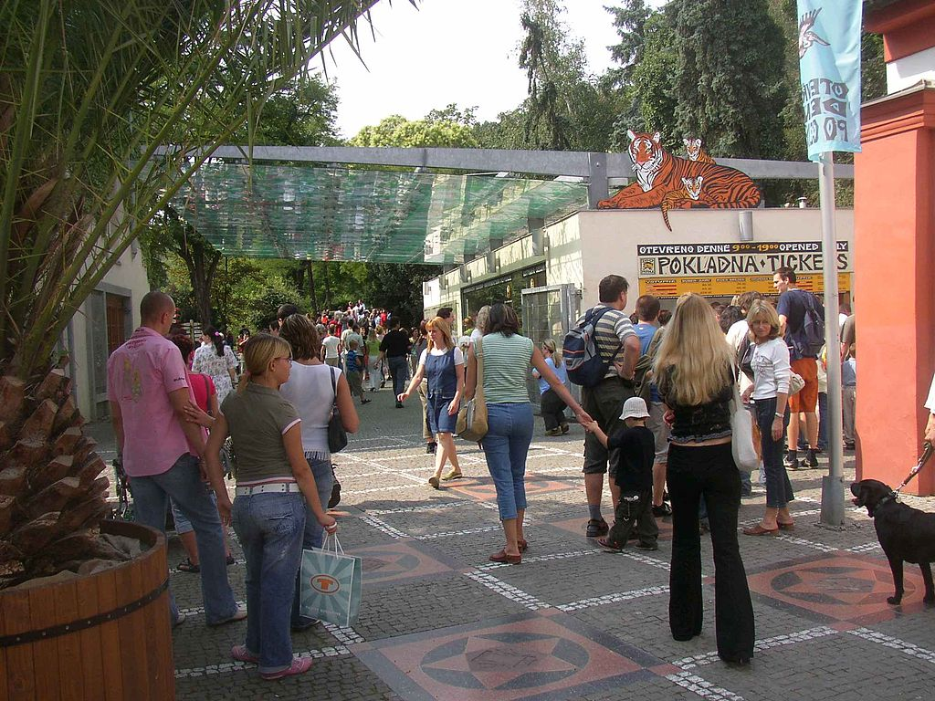 Visitors at the entrance of Prague Zoo