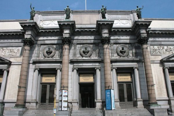 This image has an empty alt attribute; its file name is brussels-royal-museum-of-fine-arts-1.jpg