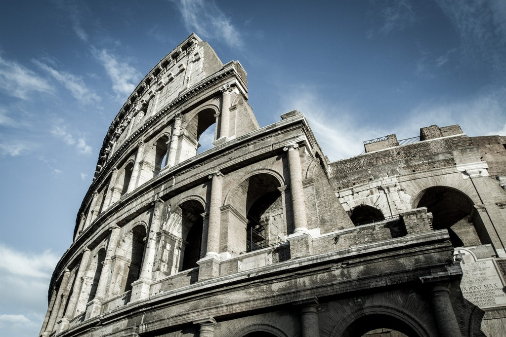 Perspective image of the colosseum in daytime