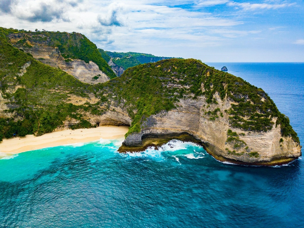 The Nusa Islands