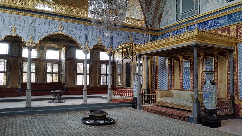 Architectural grandeur of Topkapi palace