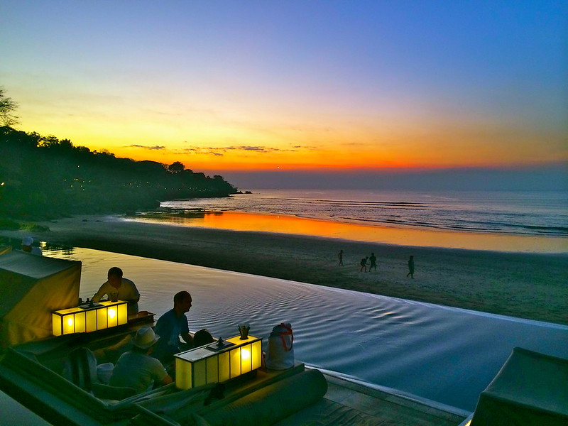 Sunset view infinity pool