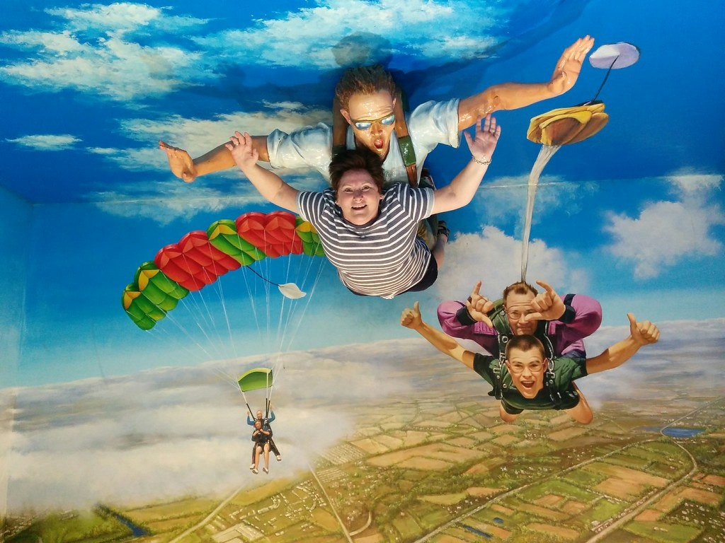 Skydiving illusion at the Trick eye museum in Singapore
