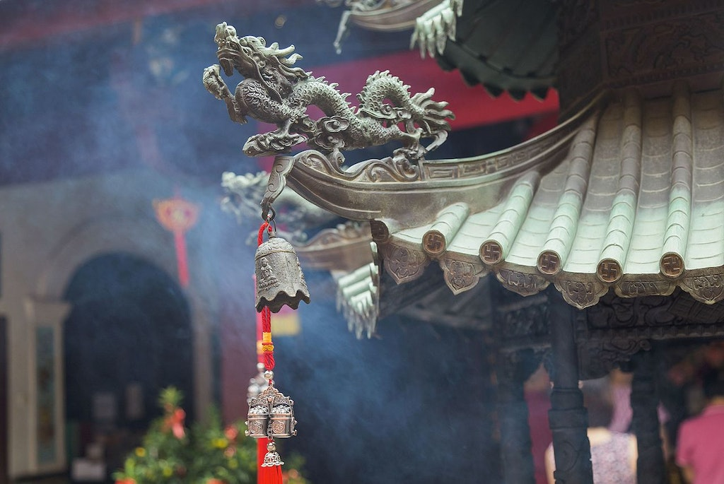 Dragon structures on the Thian Hock Keng temple