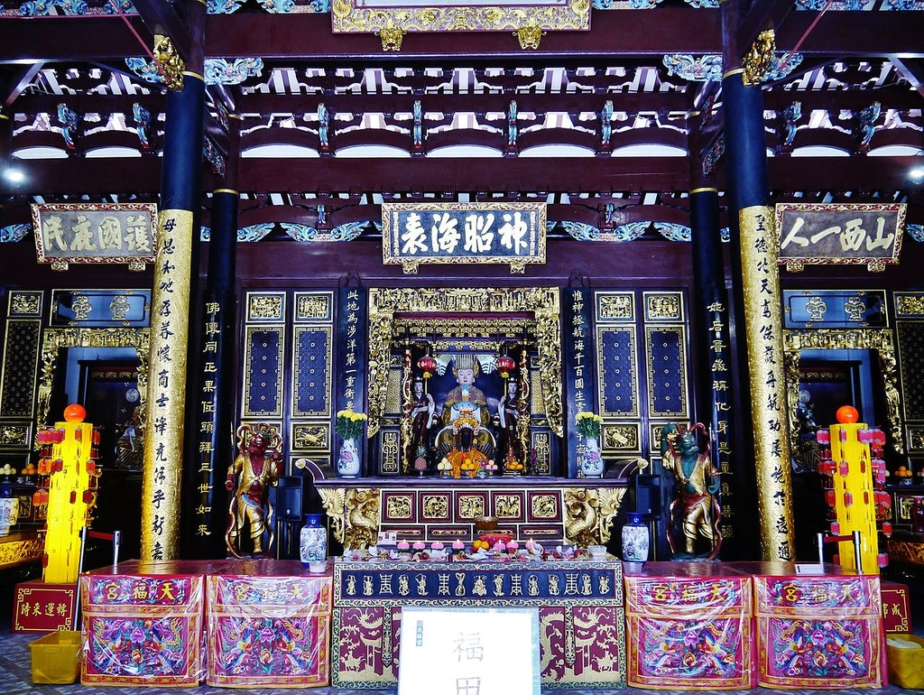 Deities in Thian Hock Keng in Singapore
