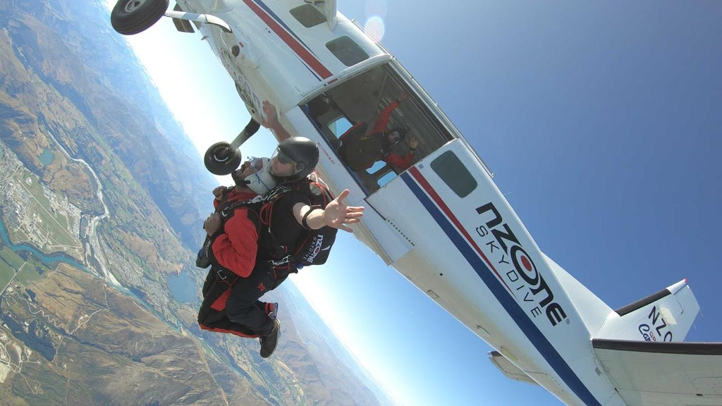 Diving high in the land of long white cloud in New Zealand
