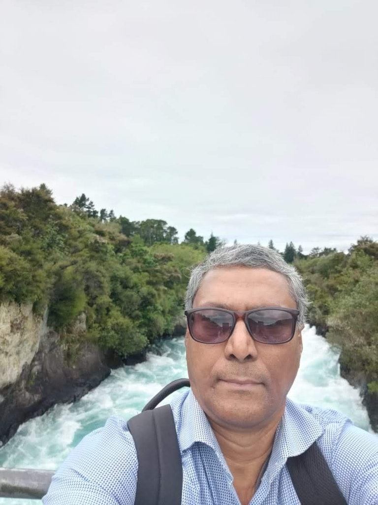 Selfie with Huka falls backgound on my vacation to new zealand