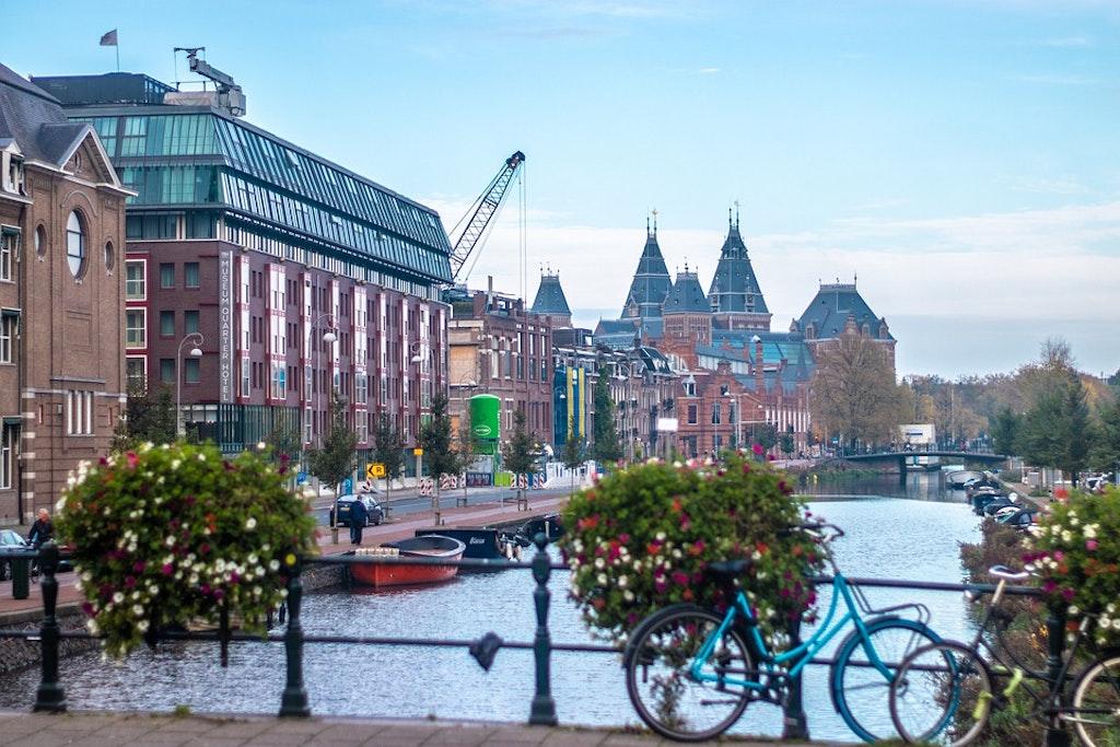 Cycles on Amsterdam Bridge