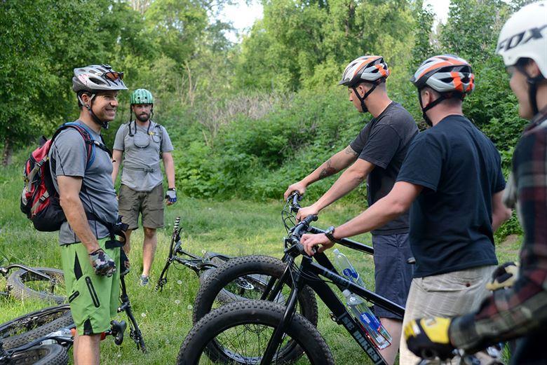 bike trails in lake geneva tour