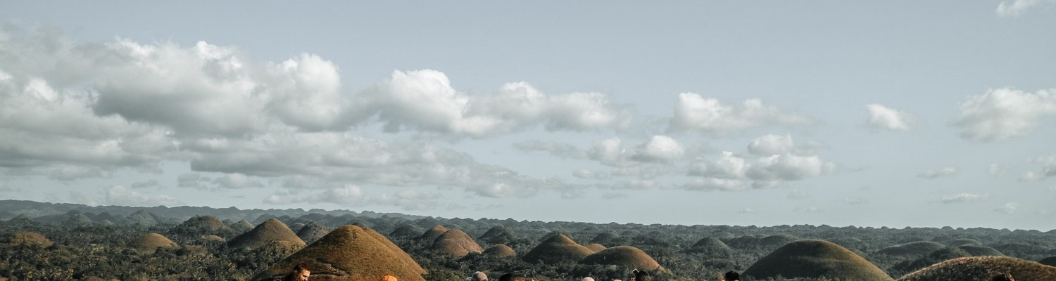 People seeing the Chocolate hills