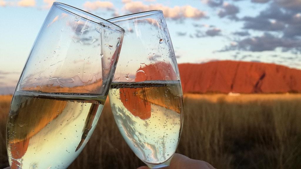 wine toast - australian drinks