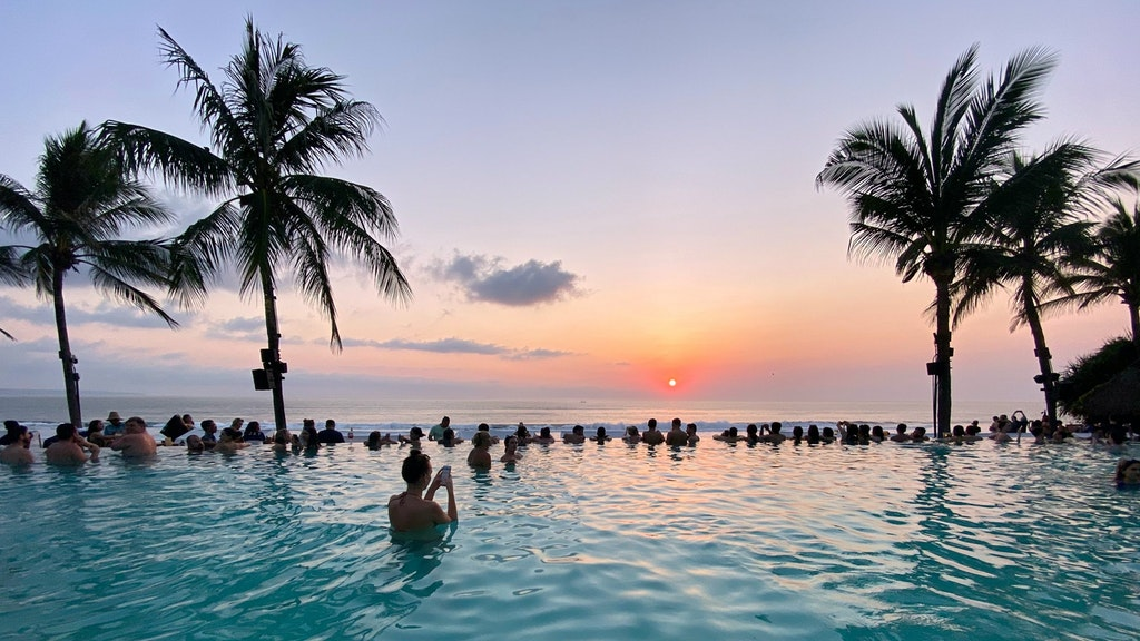 Pool with sunset view in Bali