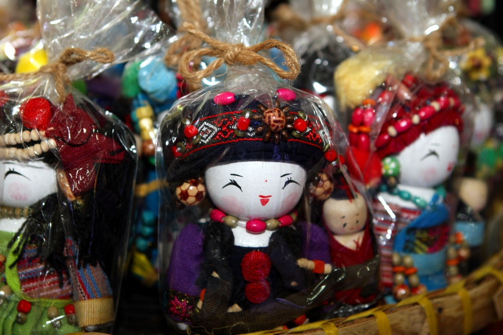 Vietnamese Doll Shopping